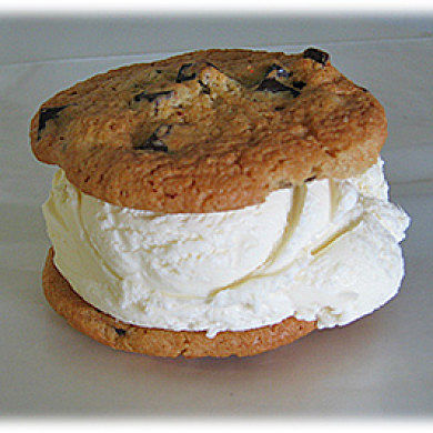 HTC Rezound Gets Pure AOSP Ice Cream Sandwich Port