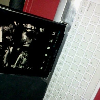 Modify the Galaxy Tab 10.1 Keyboard Dock to Work With the Galaxy Tab 7.7