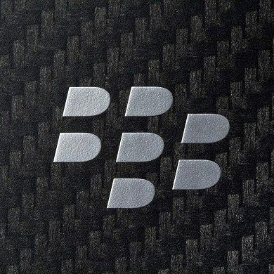 Facebook Drops Support for BlackBerry 10, WhatsApp Soon to Follow