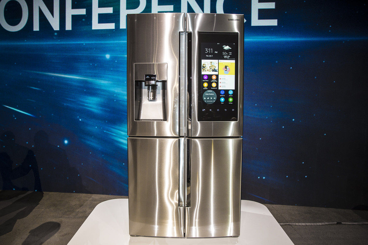 samsung family hub refrigerator, smart home products