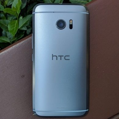 Opinion: The HTC 10 Is One of the Best Devices We've Already Forgotten About