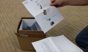 """Samsung Sent us a """"Note 7 Return Kit"""" with a Thermally-Insulated Box and Safety Gloves"""