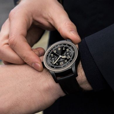 "Editorial: ""Luxury"" Brands Reinvigorate a Waning Android Wear as Tech OEMs Missed Their Target"