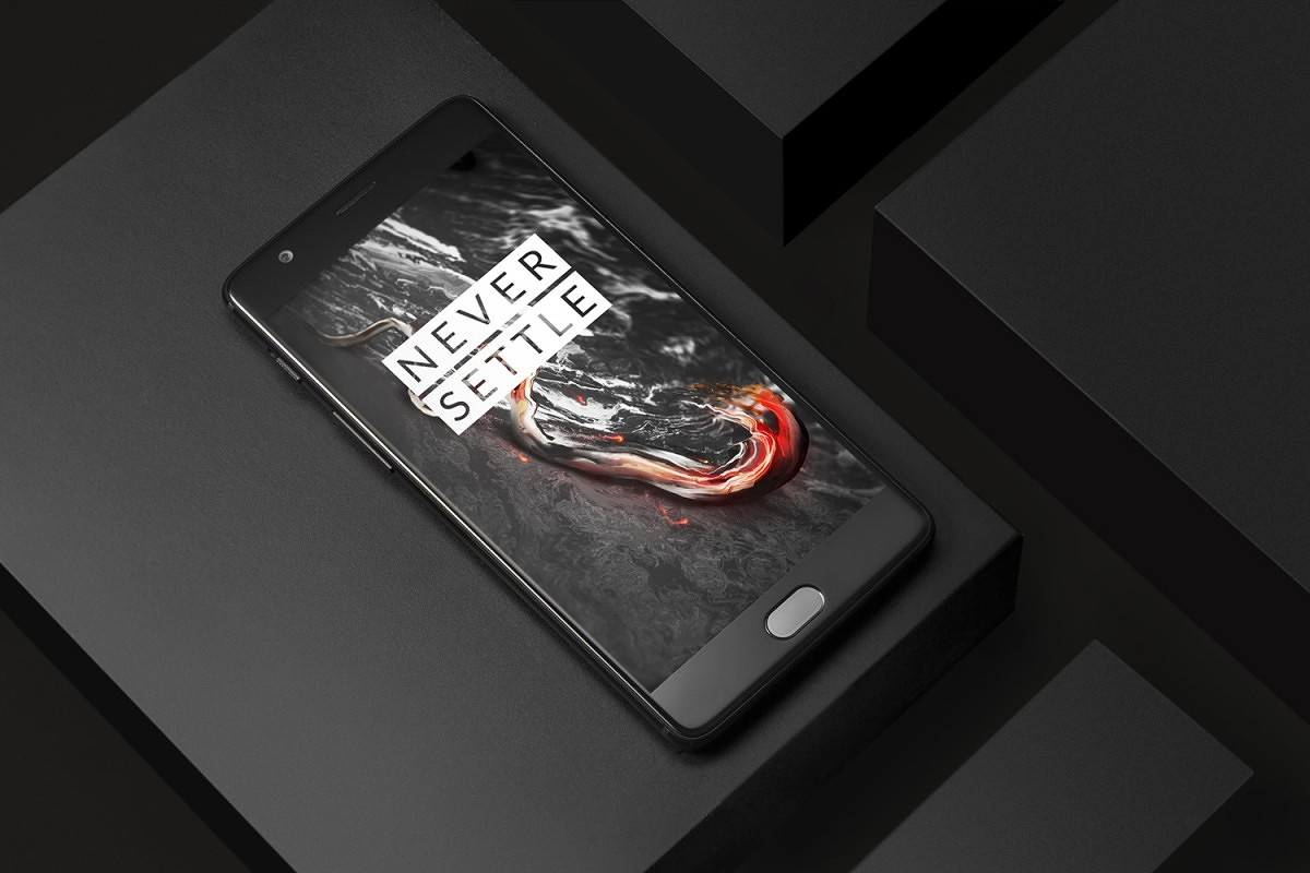 """After a series of tweets hyping up its release, OnePlus recently announced the black color variant of the OnePlus 3T. Dubbed the """"colette edition"""", this color variant of the device was made available via an exclusive sale at colette's physical store in Paris. Naturally, the very limited nature of the sale and the geographical constraint"""