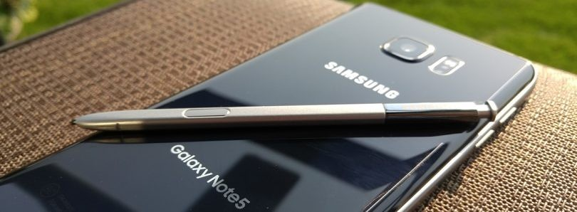 How to Add an Edge Panel with Contacts, Tasks, and Apps on the Galaxy Note 5