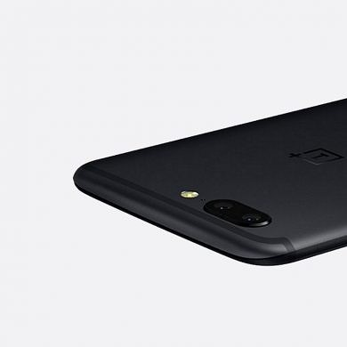 OnePlus Product Manager Says the Flat Images of the OnePlus 5 Don't Do it Justice