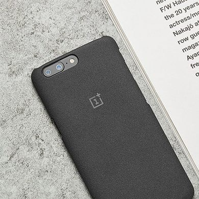 Buy a OnePlus 5 and get a Free Case with an XDA Exclusive Code