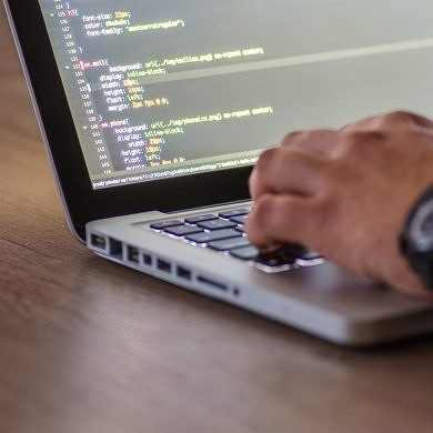 5 Tech Courses to Guide You Through Programming, Marketing, and More