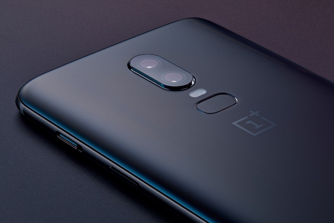 Unofficial LineageOS 15 1 and Resurrection Remix for the OnePlus 6